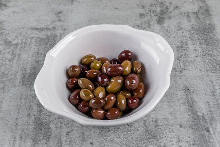 Оливки Таджаски