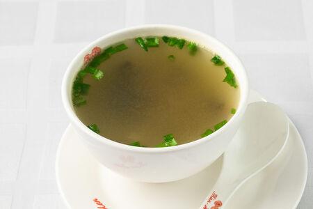 Куриный суп с грибами Сянгу