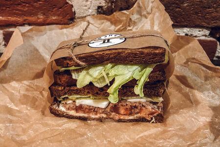Cэндвич с тунцом