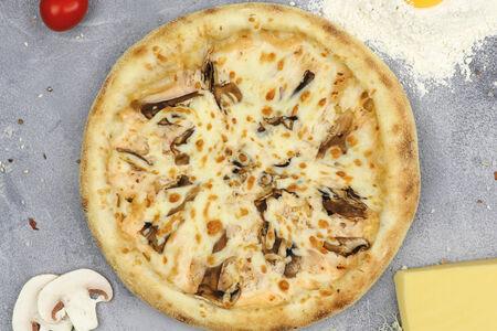 Пицца эгоист с курицей и грибами