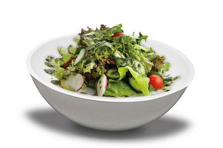 Салат из овощного микса и соуса Песто