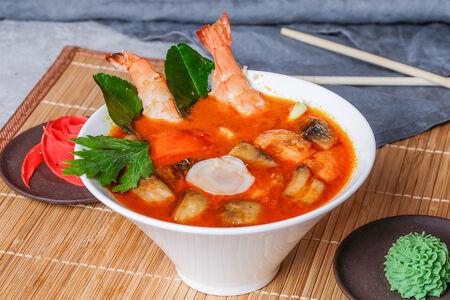 Вок Том Ям с морепродуктами