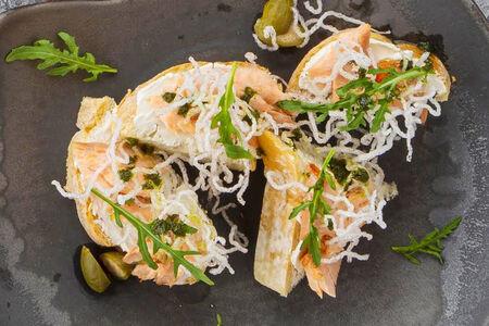 Пинчос с лососем