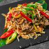 Фото к позиции меню Лапша Вок с говядиной и овощами