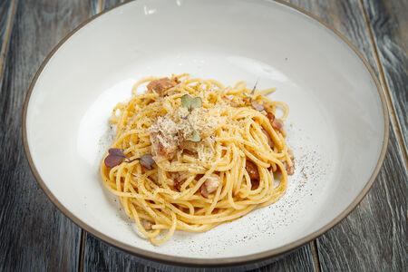 Спагетти Карбонара по-римски