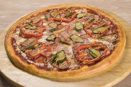 Пицца Мясная баварская