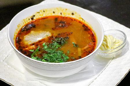 Суп Солянка мясная с копченой грудкой