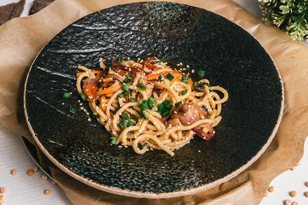 Лапша с курицей и овощами по-азиатски