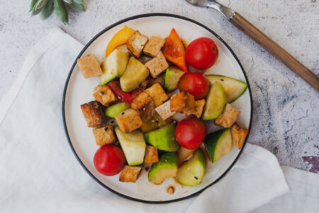 Салат Рататуй с тофу гриль