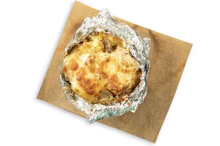 Печеная картошка с грибами и сыром