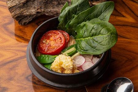 Суп Рамен с овощами и креветками