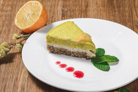 Лимонный кешью-кейк