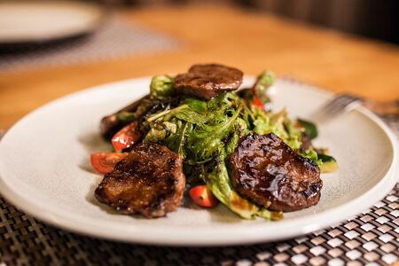Салат Теплый из говядины