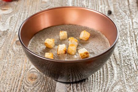 Суп-крем Грибной с гренками