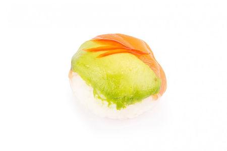 Темари с лососем и авокадо