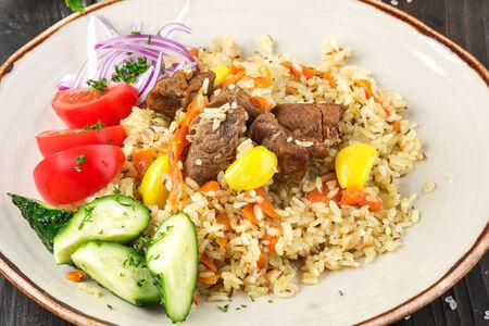 Плов узбекский с солениями