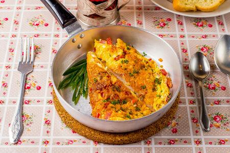 Омлет из трех яиц
