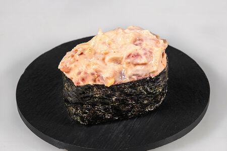 Спайси гункан с тунцом