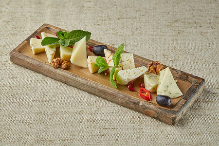 Дегустационная тарелка сыров