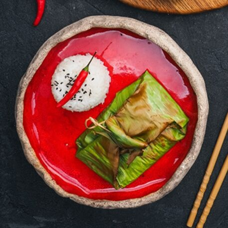 Окунь по тайски в банановом листе