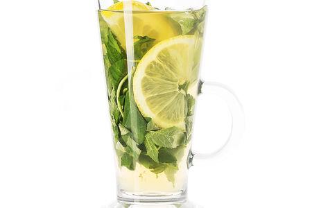 Зеленый чай с медом из белой акации