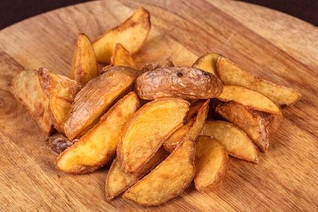 Запеченный картофель по-деревенски