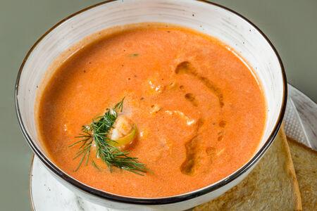 Суп с лососем и креветкой