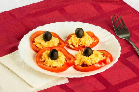 Салат Фаршированные помидоры