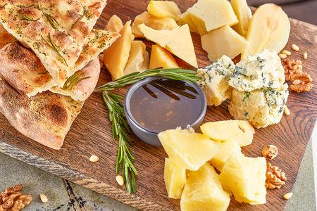 Сырное антипасти