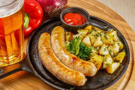 Колбаски Баварские из свинины