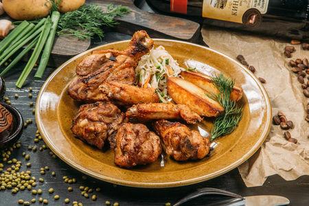 Шашлык из цыпленка с картофелем по-деревенски