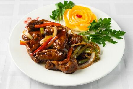 Куриные крылья в соусе по Чжао-чоуски