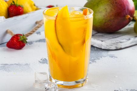 Фирменный лимонад манго-маракуйя