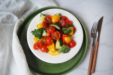 Салат Овощной с помидорами черри