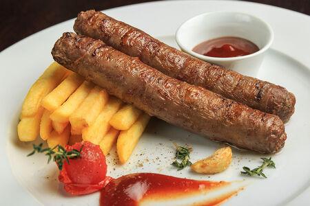 Колбаски из мраморной говядины