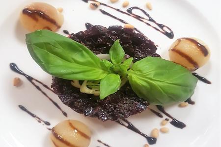 Флорентийский салат из печеной свеклы