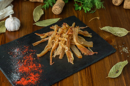 Кальмар со вкусом мяса краба