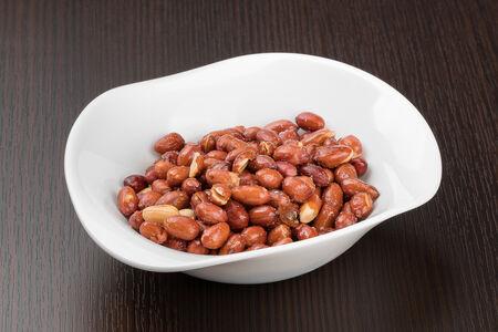Хрустящий арахис по-китайски