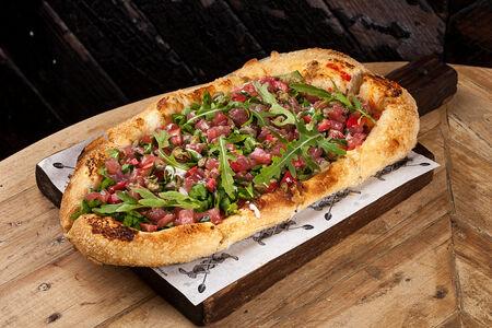 Пицца с тартаром из тунца