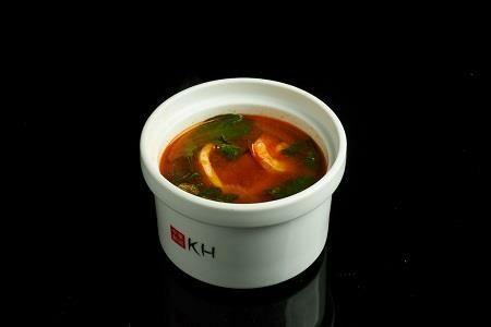 Густой томатный суп с морепродуктами (400 гр)