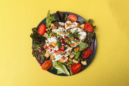 Салат с халлуми