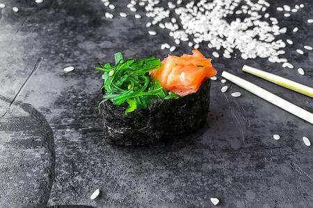 Суши Чука-лосось