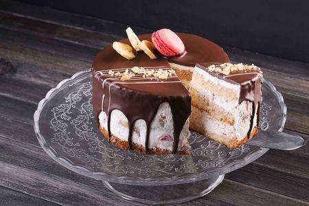 Торт Клубника со сливками и бананом