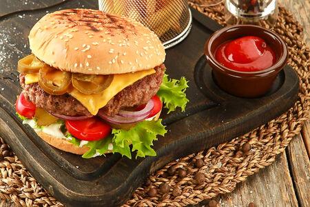 Бургер фирменный La Casa