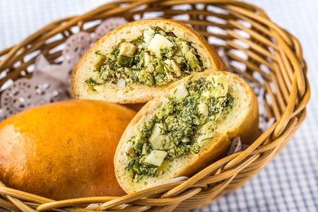Пирожки с яйцом и луком (2)