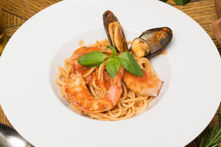 Премиум спагетти с морепродуктами
