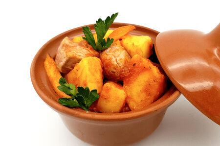 Рагу с картофелем и свиной вырезкой