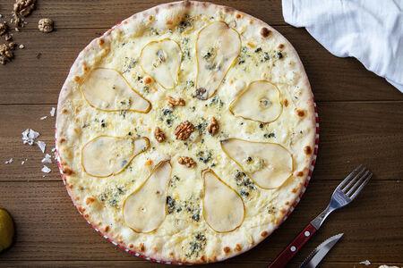 Пицца Груша с благородным сыром