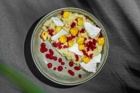 Рисовая каша с манго