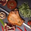 Фото к позиции меню Стейк из свиной корейки
